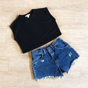 Forever 21 Crop Top Sleeveless Black Size M